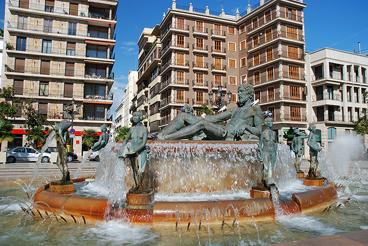 Fontaine de la Plaza de la Virgen
